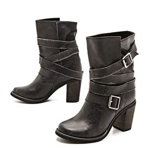 Jeffrey Campbell black leather France Booties